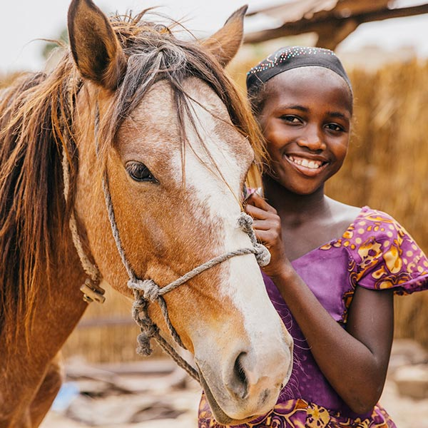 Brooke USA - young girl with horse